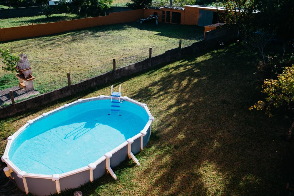 piscine-hors-sol-jardin