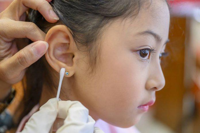 oreilles-enfants-boucles-offrir-faut