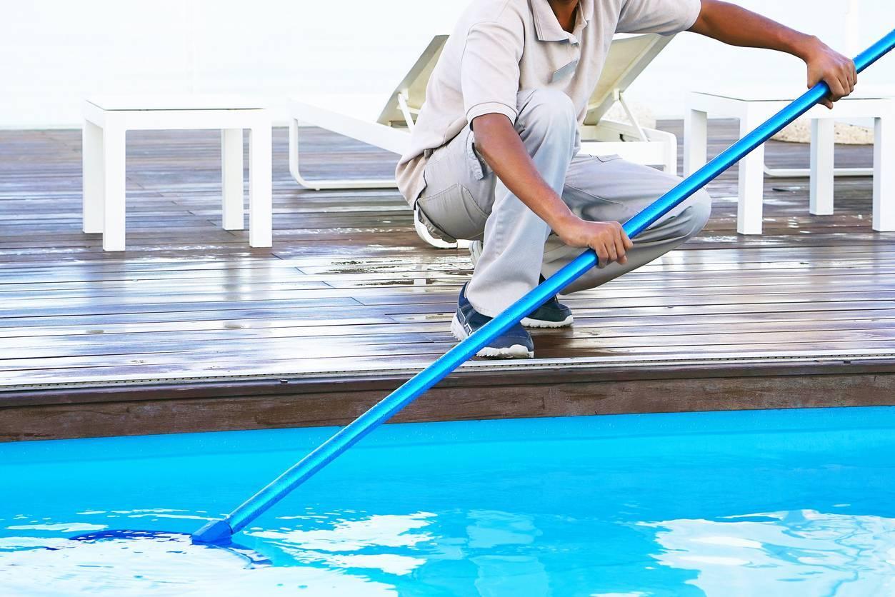 Produits entretien de la piscine